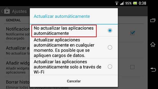 Liberar espacio de WhatsApp - Evitar las actualizaciones automáticas
